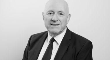 Julian Van Leer CMN Lawyer